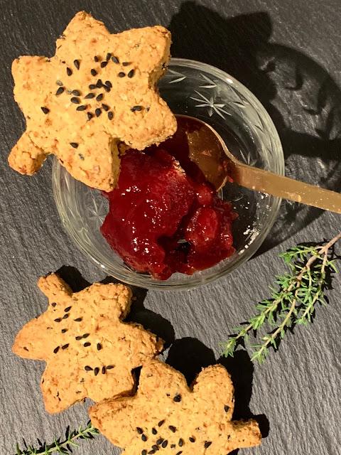 Verführerische Herbst-Kekse, Rezept, glutenfrei, vegan, schnell, einfach, Sonnentor, Schwarzkümmel, Ermandelflocken, Backrezept, Herbstrezept