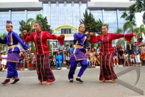 kebudayaan kalimantan utara rh dolanankuy blogspot com