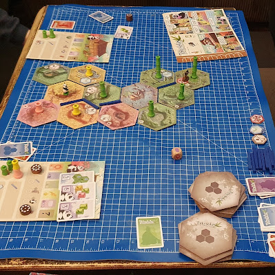 How do you play takenoko family tabletop board game