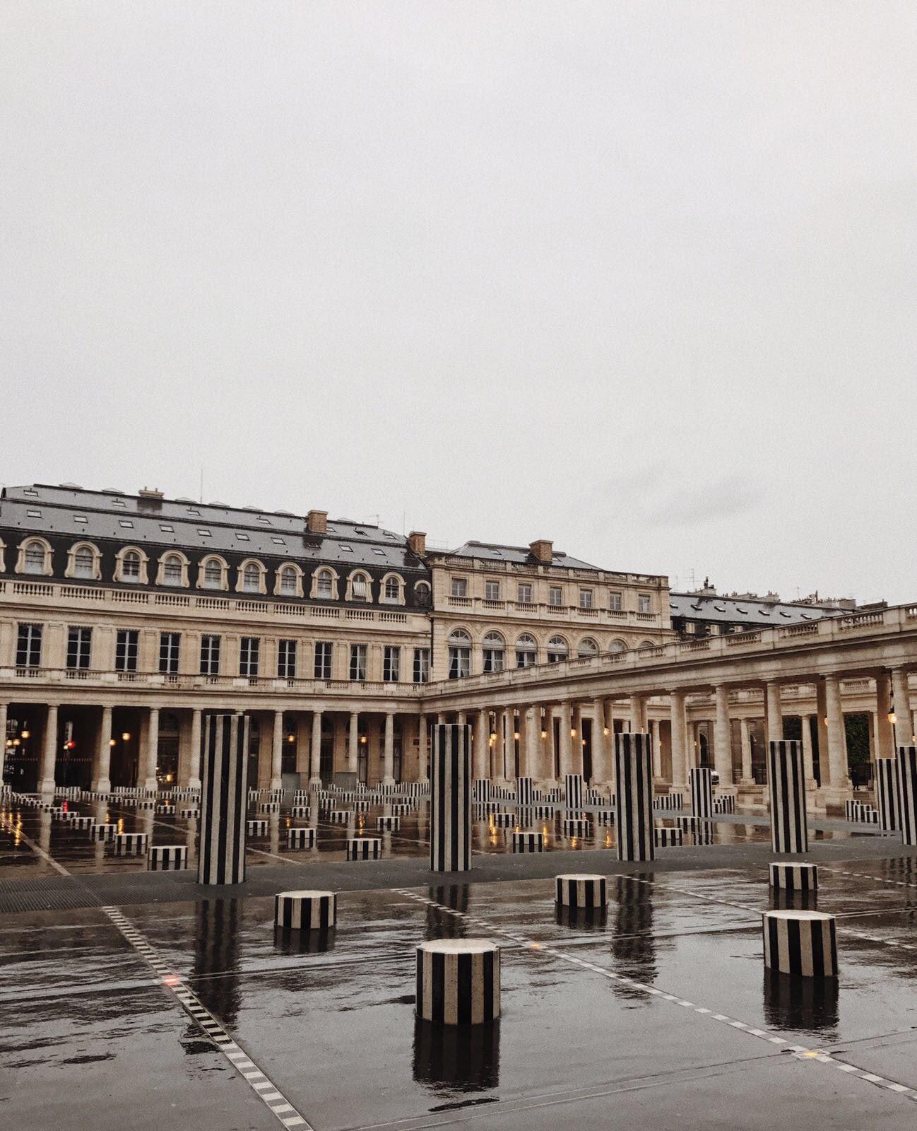 Weekday Wanderlust: A Summer Day in Paris