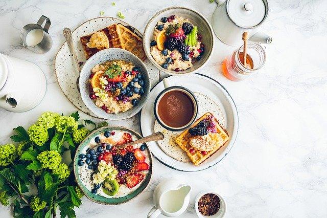 Healthy food serving