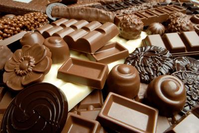 الشيكولاتة - معلومات عن الشيكولاتة - مما تصنع الشيكولاتة - طريقة عمل الشيكولاتة - طريقة صنع الشيكولاتة - شجرة الكاكاو - أضرار الشيكولاتة - فوائد الشيكو لاتة