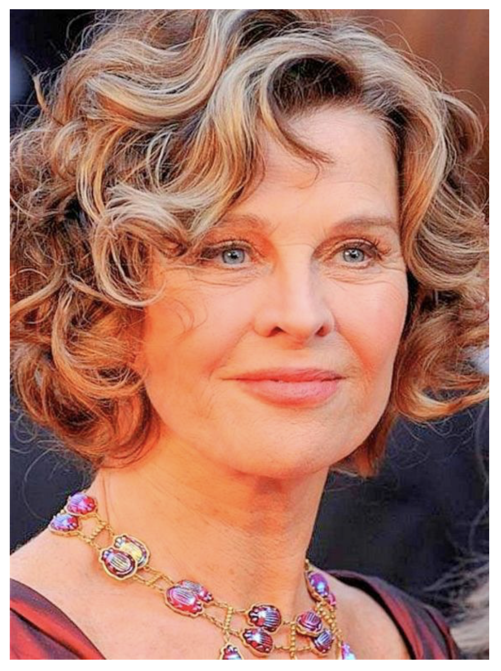 40 Hot Hairstyle for Older Women Over 50