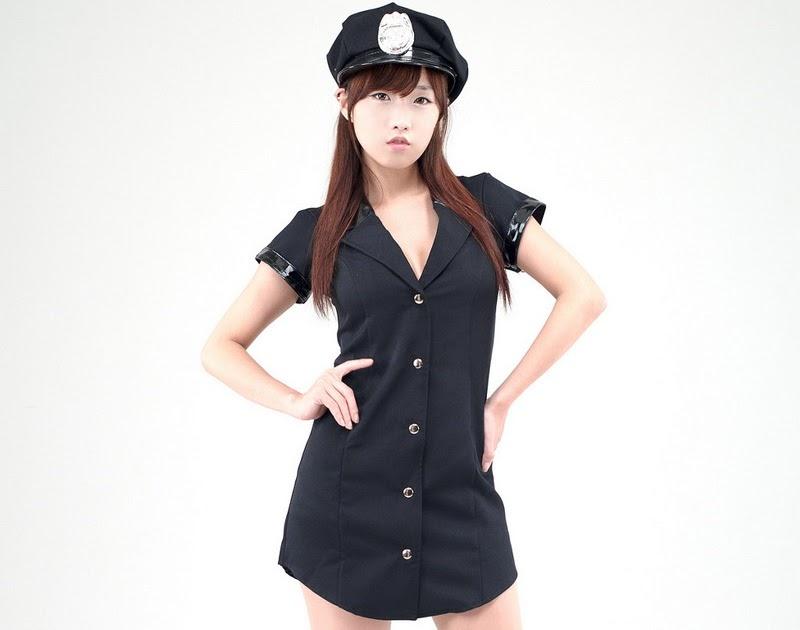 Foto Cewek Asia: So Yeon Yang, Sexy Police