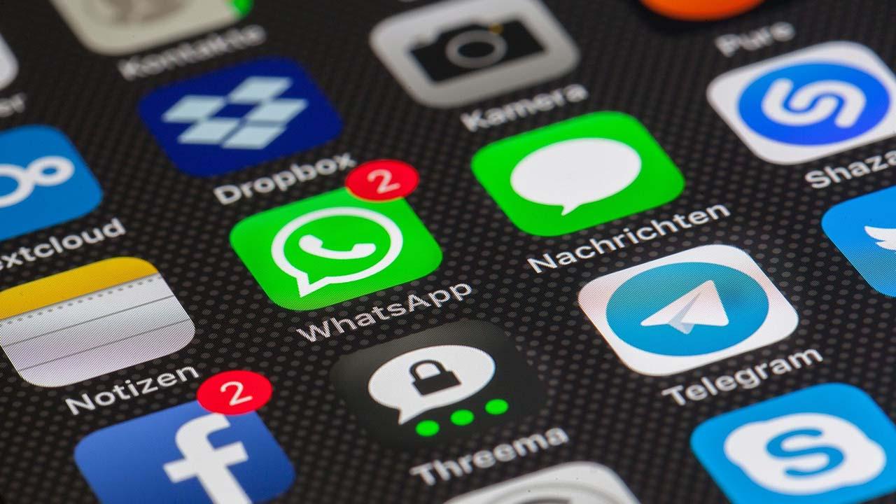 Cara Mudah Simpan Foto atau Video dari Status WhatsApp