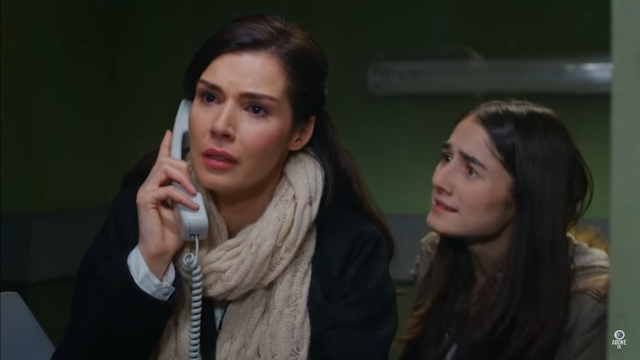 În schimb Elif, care va afla că mama sa a fost înjunghiată în închisoare, va înnebuni de furie. Ea se va duce de grabă la conac pentru a-i cere socoteală doamnei Kiymet. Elif va veni deodată față în față cu Defne.