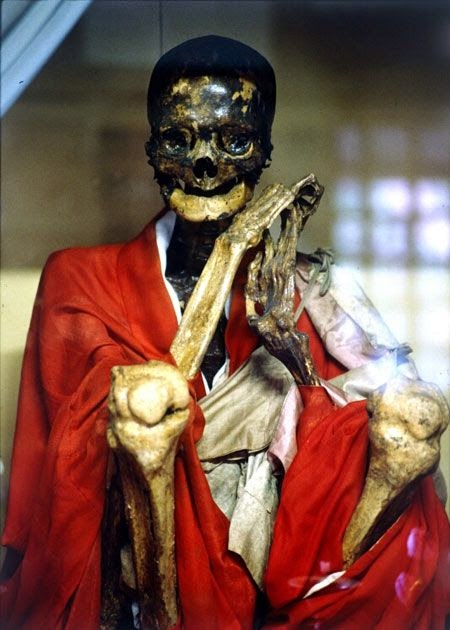 mumificação budista