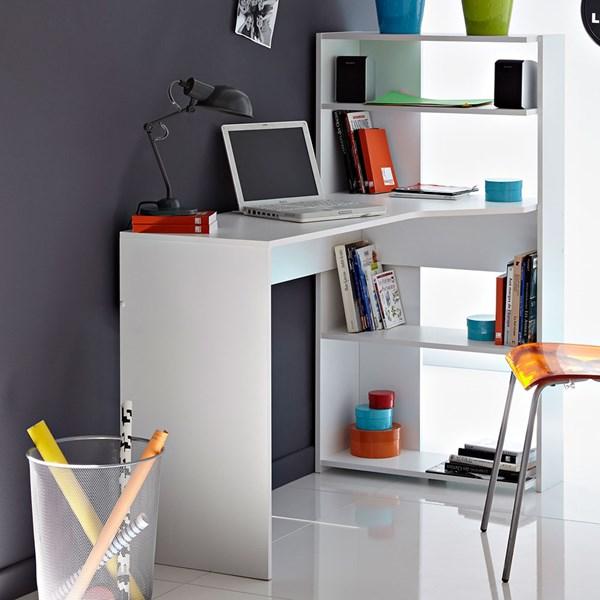 Pomysłowe biurko do małych przestrzeni