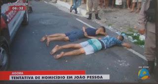 Jovem é baleado, um foge e dois são presos após perseguição policial