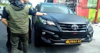 UGAL-UGALAN Pelajar Pengendara Mobil Fortuner Berpelat Polri, Begini Penjelasan Pihak Kepolisian