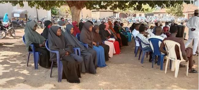Photo Of Muslims Who Visited A Church In Nasarawa To Celebrate Christmas With Christians #Arewapublisize