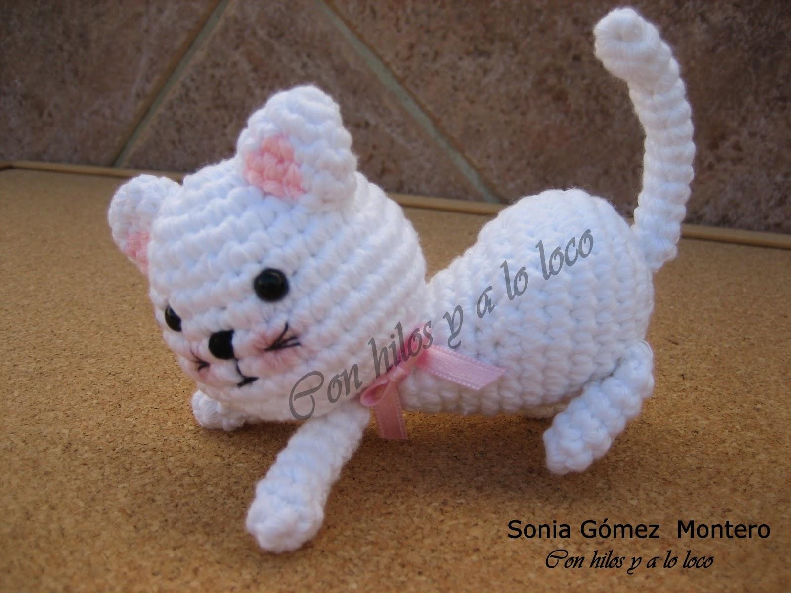 Amigurumi Gatita Kitty : Con hilos y a lo loco: La gatita Andrea