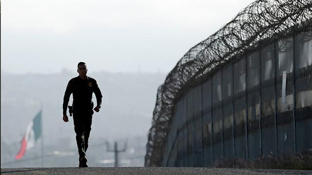 Arrestan a una pareja de mexicanos que fue a visitar a su yerno a una base militar de EE.UU.