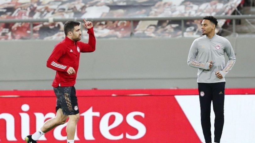 Οι επιλογές του Μαρτίνς για τον παρτενέρ του Μπα με PSV Αϊντχόφεν