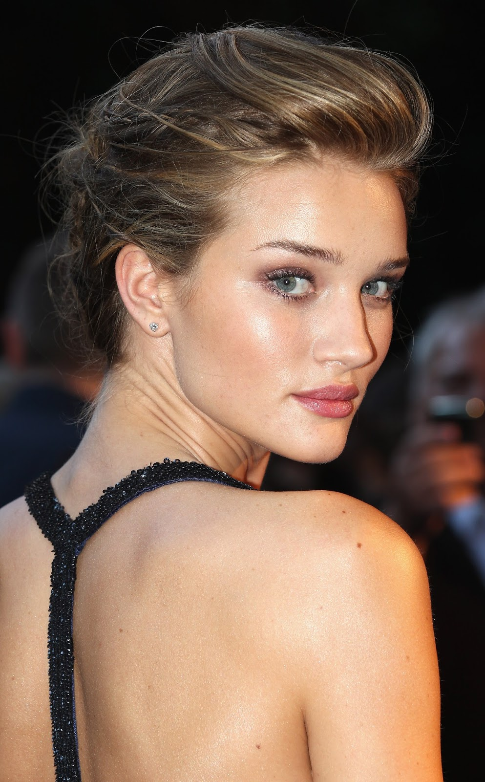 FHM's World's Sexiest Woman 2015 Rosie Huntington-Whiteley Full HD Images, Photos & Wallpapers