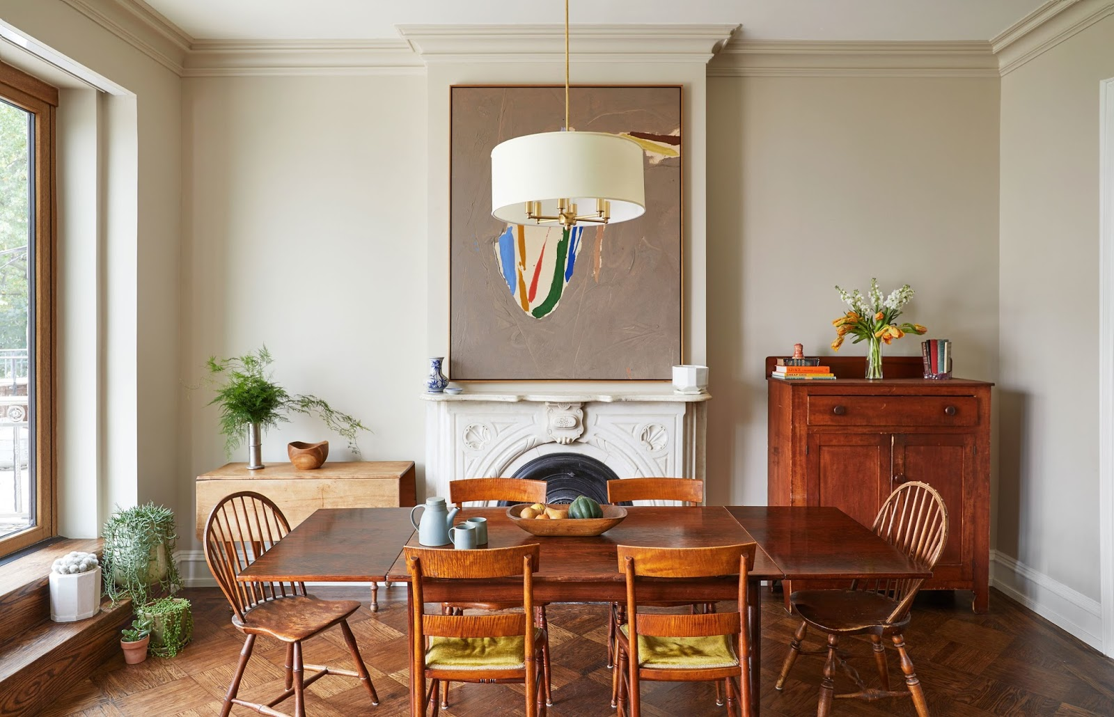 Management Chair: Living-Dining Room Hybrid Layout Ideas