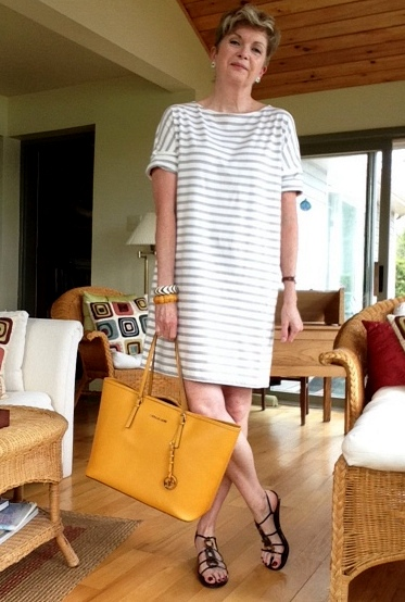Dress from Aritzia, sandals Stuart Weitzman, bag Michael Kors, earrings from Magpie Jewellry, bracelets vintage
