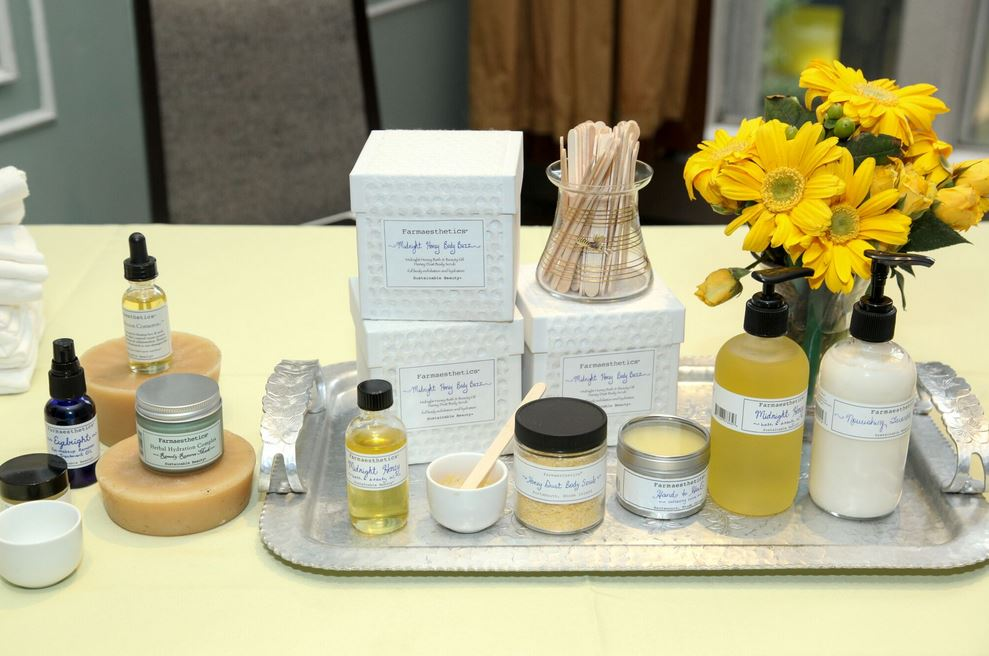 The Farmaesthetics cosmetic line with honey