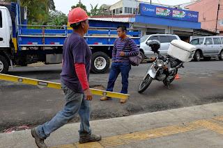construction worker in Santiago de Puriscal