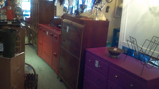 gina 39 s junk blog in columbus georgia all furniture on sale friday saturday july 5th 6th. Black Bedroom Furniture Sets. Home Design Ideas