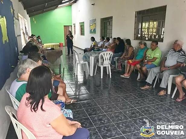 CRAS de Delmiro realiza atividades de fortalecimento de vínculos com grupo da Melhor Idade