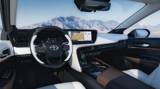 تويوتا ميراي 2021 - وقود هيدروجين