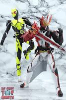 S.H. Figuarts Kamen Rider Saber Brave Dragon 45