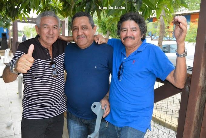Vereador Gilberto Honorato e vários amigos de João Câmara participaram do encontro no Balneário de Zezinho do Quintal Dois.