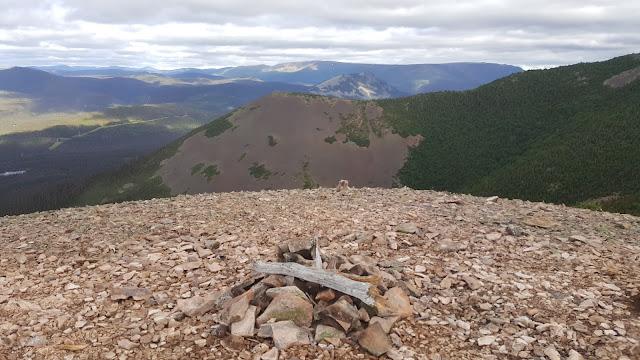 Premier sommet du mont Vallières-de-Saint-Réal