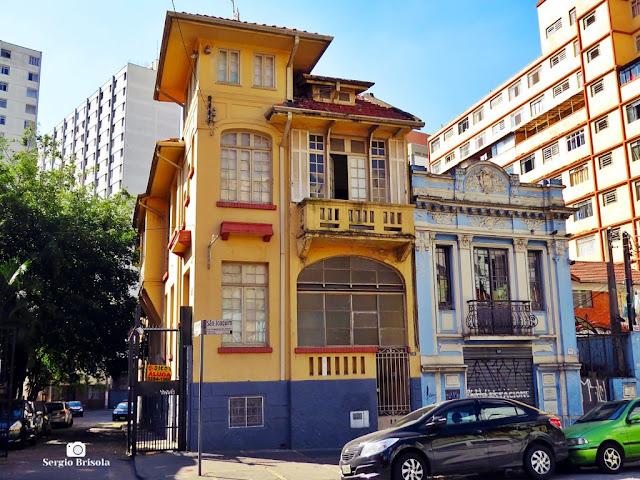 Vista ampla de 2 Casarões antigos na Rua Condessa de São Joaquim - Bela Vista
