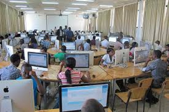 DIFFICULTIES IN TEACHING COMPUTER STUDIES IN SECONDARY SCHOOL IN NIGERIA