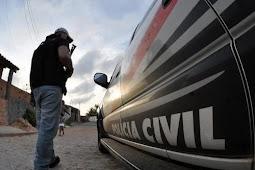 Polícia prende dupla suspeita de roubar veículo na zona rural de Maruim