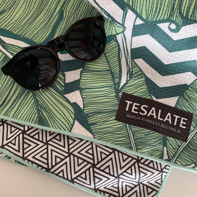 Tesalate Sand-free towels
