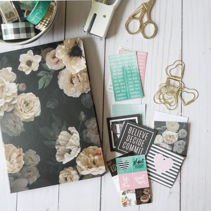 Creative Ways With Heidi Swapp Floral Planner by Jamie Pate | @jamiepate for @heidiswapp