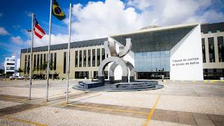 TJ-BA aumenta auxilio alimentação de magistrados; montante é de R$ 1.100