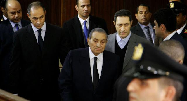 آخر ظهور للرئيس المصري الأسبق حسني مبارك قبل وفاته... صورة
