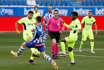 ملخص واهداف مباراة اتلتيكو مدريد وديبورتيفو الافيس (2-1) الدوري الاسباني