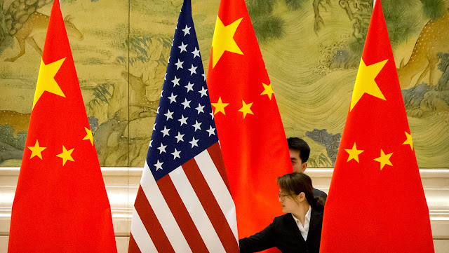"""Crear un chivo expiatorio y ganar la guerra comercial: los motivos detrás de la """"campaña anti China"""" de EE.UU."""