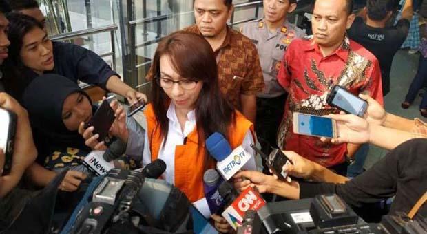Sri Wahyumi Maria Manalip Dituntut 2 Tahun Penjara