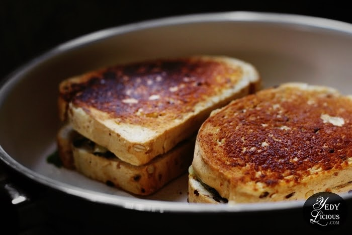 Spinach and Grilled Cheese Sandwich Recipe, How To Make Grilled Cheese Sandwich with Spinach, Grilled Cheese Sandwich Idea, Vegetarian-friendly Sandwich Recipe Healthy Sandwich Recipe Using Organic Veggie Mommies, Recipe Using Organic Produce, Best Bread and Cheese to Use for Grilled Cheese Sandwich, Organic Veggie Mommies, Where To Buy Organic Produce Vegetable Fruits in Manila Philippines, Best Top Food Blog on Easy Recipe, Top Best Food Blog in Manila Philippines YedyLicious Manila Food Blog Copyright Yedy Calaguas