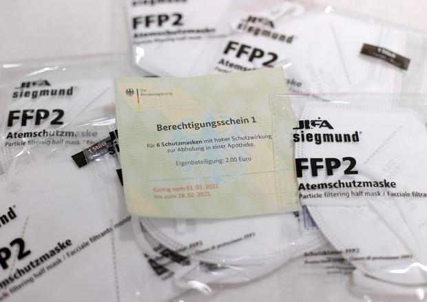 Gdf sequestra 60 milioni di mascherine pericolose