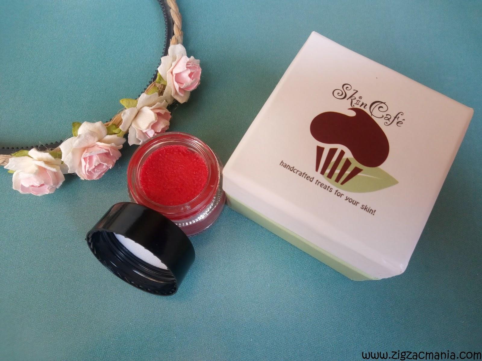 http://www.zigzacmania.com/2016/08/skin-cafe-red-velvet-cake-lip-tint-balm.html