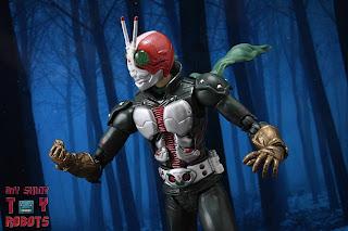 S.H. Figuarts Kamen Rider V3 (THE NEXT) 23