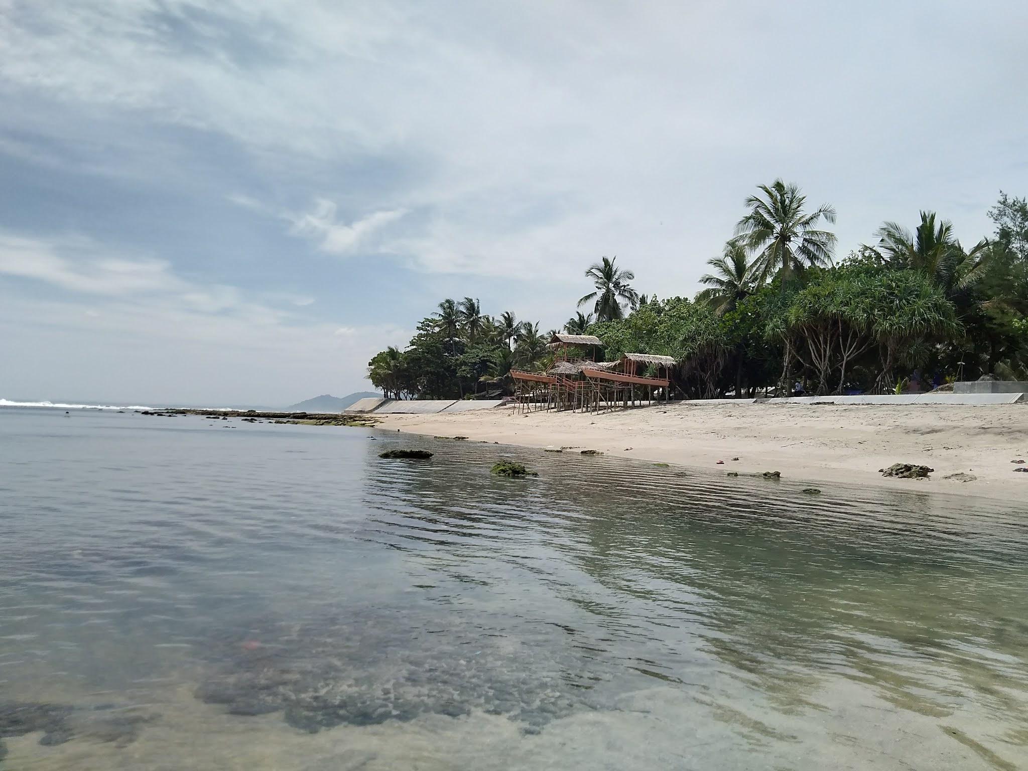 pantai karapyak spot 1