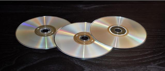 https://www.abusyuja.com/2020/09/hukum-jual-beli-kasetflashdisk-rekaman-al-quran.html