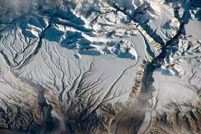 tempat yang terlihat dari luar angkasa 06