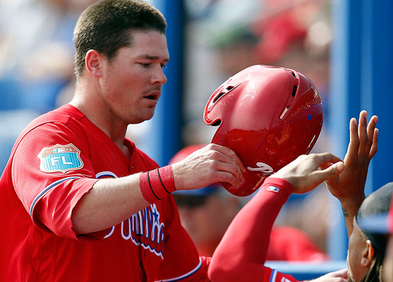 Andrew Knapp lifts Phillies to win