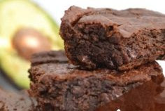 DELICIOUS AVOCADO BROWNIES