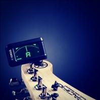 como afinar tu guitarra acústica eléctrica o clásica