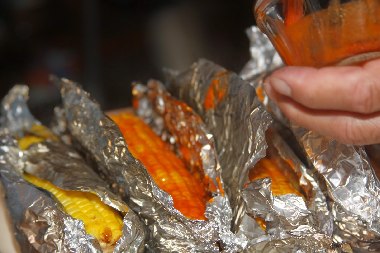 how to make grilled corn on the cob in foil